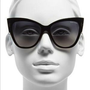 Tom Ford Anoushka TF371 Sunglasses